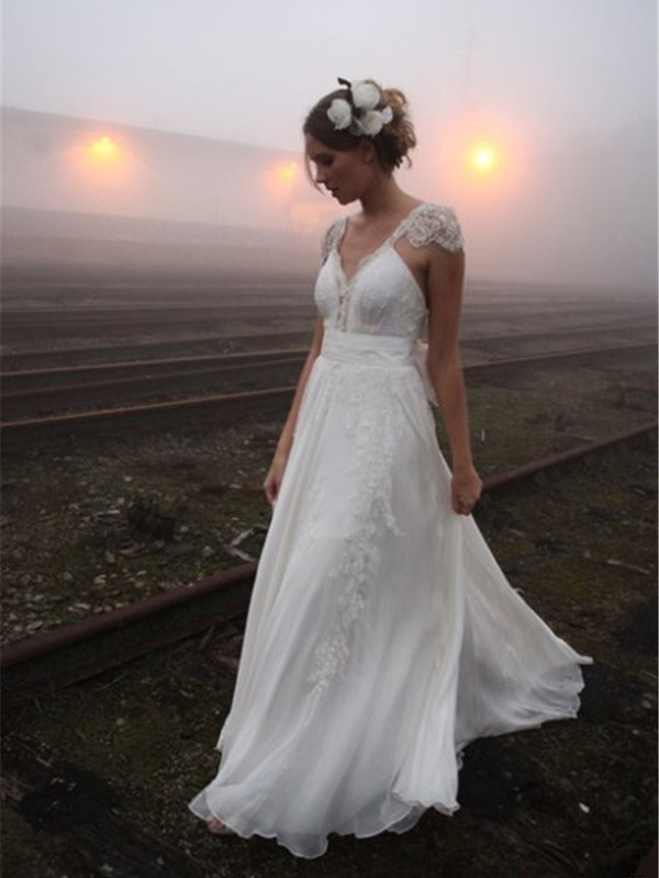 A-Line/Princess V-neck Floor-Length Sleeveless Lace Chiffon Wedding Dresses