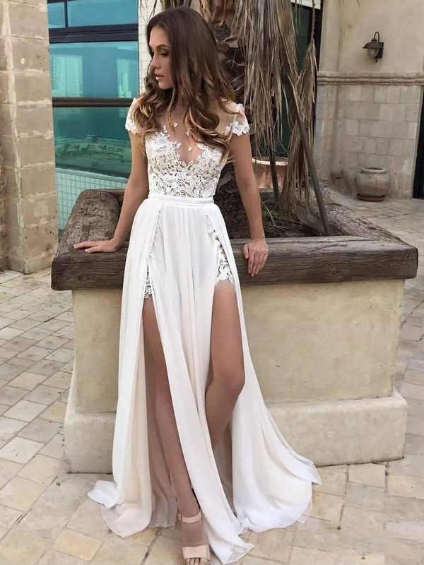 A-Line/Princess V-neck Sweep Train Sleeveless Lace Chiffon Wedding Dresses