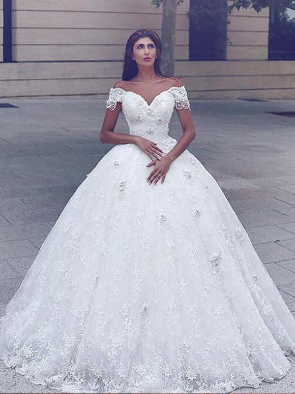 Trumpet/Mermaid Lace Floor-Length Straps Sleeveless Wedding Dresses