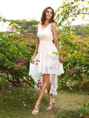 A-Line/Princess V-neck Lace Sleeveless High Low Lace Bridesmaid Dresses
