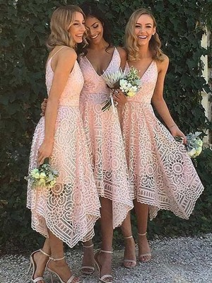 A-Line/Princess Sleeveless V-neck Asymmetrical Lace Bridesmaid Dresses