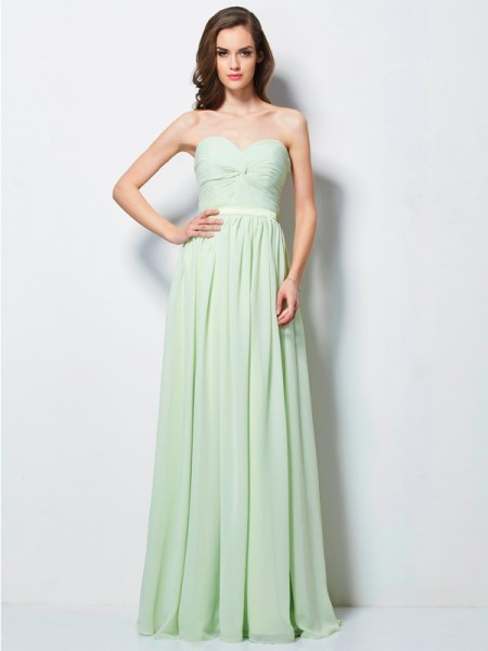 A-Line/Princess Sweetheart Pleats Sleeveless Long Chiffon Dresses