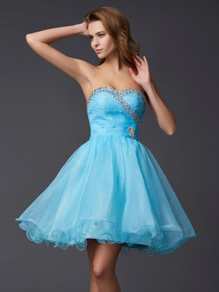 A-Line/Princess Sweetheart Sleeveless Beading Short Tulle Homecoming Dresses