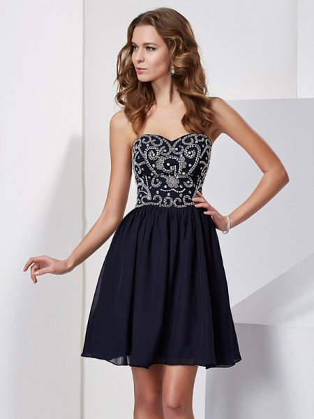 A-Line/Princess Sweetheart Beading Sleeveless Chiffon Short Homecoming Dresses