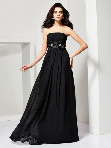 A-Line/Princess Strapless Sleeveless Hand-Made Flower Long Chiffon Dresses