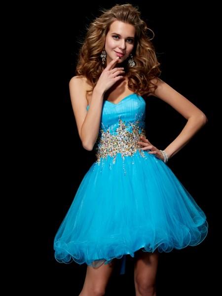 A-Line/Princess Sweetheart Sleeveless Beading Short Net Homecoming Dresses