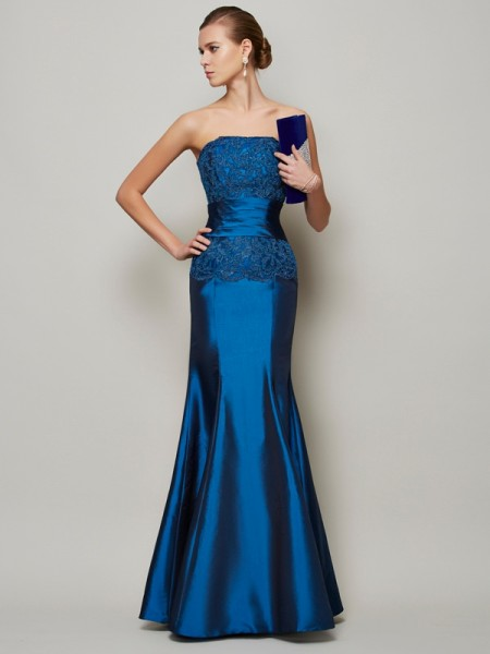 Trumpet/Mermaid Strapless Sleeveless Applique Beading Long Taffeta Dresses