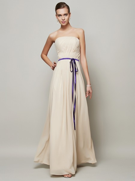 A-Line/Princess Strapless Sleeveless Sash/Ribbon/Belt Long Chiffon Dresses