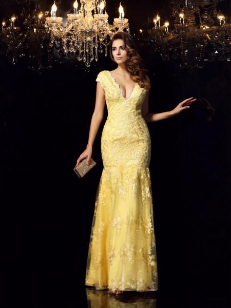 Trumpet/Mermaid V-neck Applique Sleeveless Long Lace Dresses