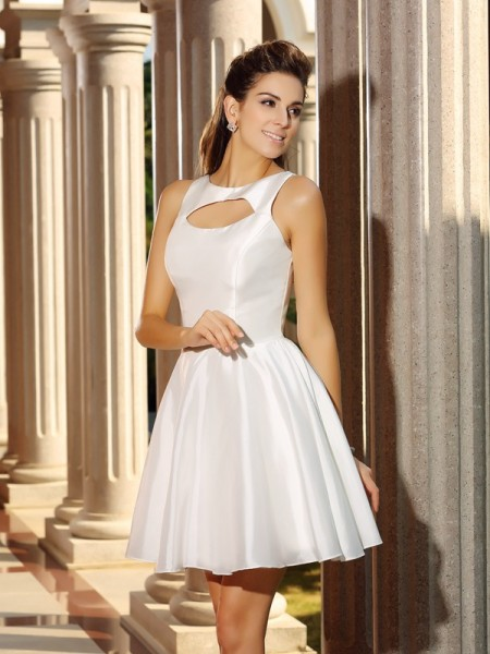 A-Line/Princess High Neck Sleeveless Short Satin Cocktail Dresses