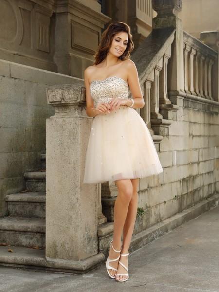 A-Line/Princess Strapless Beading Sleeveless Short Satin Cocktail Dresses