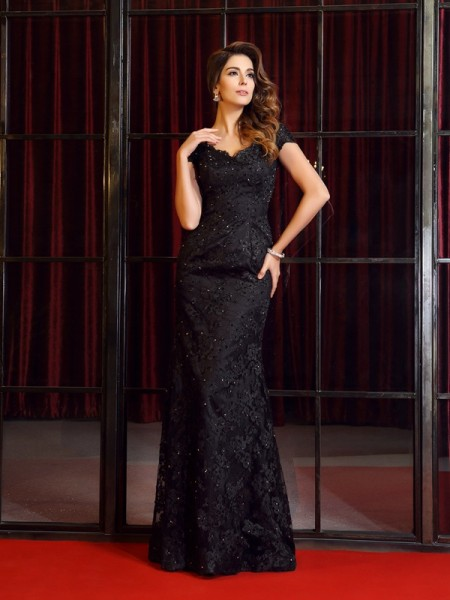 Trumpet/Mermaid V-neck Applique Short Sleeves Long Lace Dresses