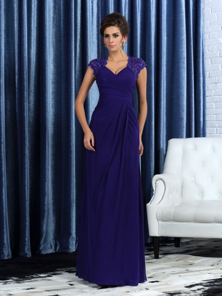 Trumpet/Mermaid V-neck Sleeveless Long Chiffon Mother of the Bride Dresses