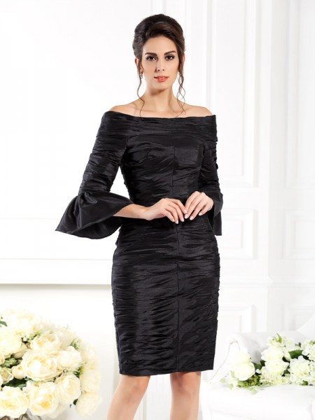 Sheath/Column Off-the-Shoulder Ruched 1/2 Sleeves Short Taffeta Mother of the Bride Dresses