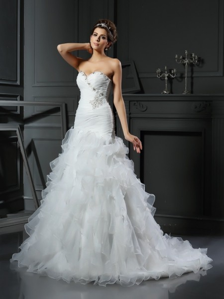 Trumpet/Mermaid Sweetheart Ruffles Sleeveless Long Organza Wedding Dresses
