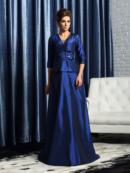 A-Line/Princess V-neck Beading 1/2 Sleeves Long Taffeta Mother of the Bride Dresses