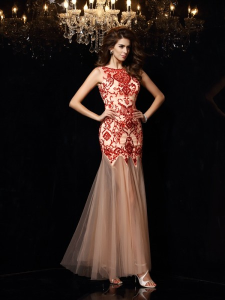 Sheath/Column Scoop Beading Sleeveless Long Satin Dresses