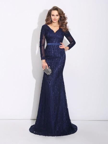 Sheath/Column V-neck Long Sleeves Long Lace Dresses