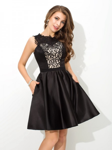 A-Line/Princess Scoop Lace Sleeveless Short Satin Cocktail Dresses