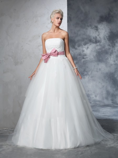Ball Gown Strapless Bowknot Sleeveless Long Net Wedding Dresses