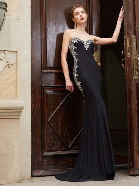 Sheath/Column Sweetheart Sequin Sleeveless Spandex Sweep/Brush Train Dresses