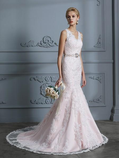 Trumpet/Mermaid V-neck Sleeveless Applique Tulle Court Train Wedding Dresses