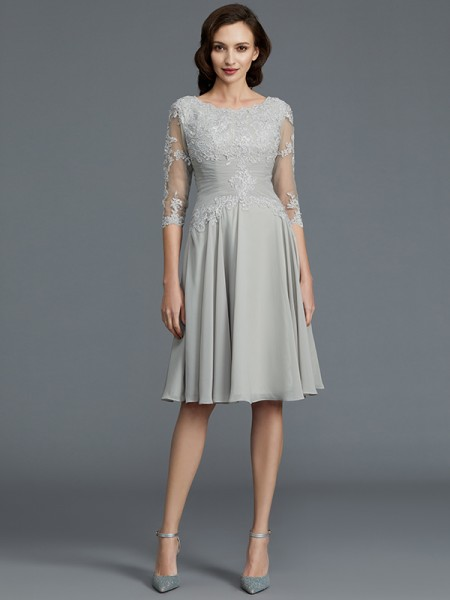 A-Line/Princess 1/2 Sleeves Scoop Knee-Length Applique Chiffon Mother of the Bride Dresses
