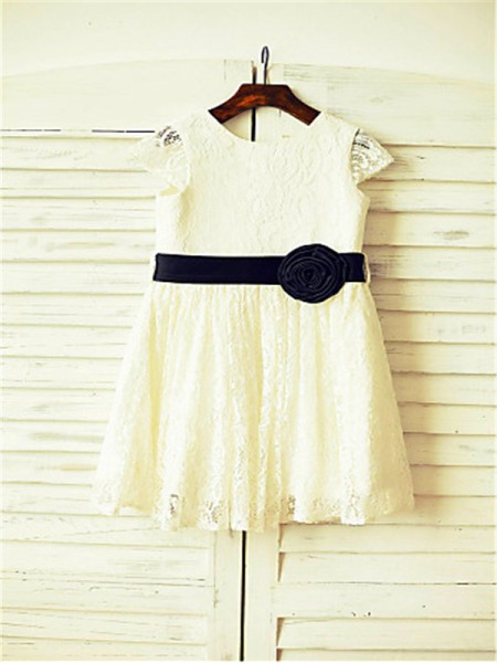A-line/Princess Scoop Short Sleeves Hand-made Flower Tea-Length Lace Flower Girl Dresses