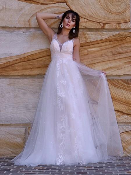 A-Line/Princess Lace Applique V-neck Sleeveless Sweep/Brush Train Wedding Dresses