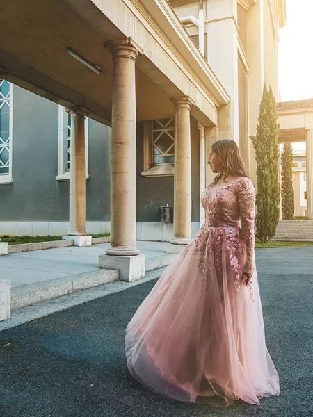 A-Line/Princess Tulle Applique Long Sleeves V-neck Floor-Length Dresses