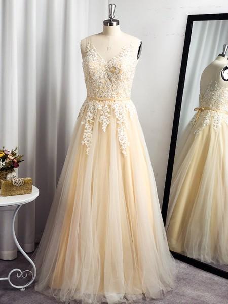 A-Line/Princess Tulle Applique Sleeveless Floor-Length Straps Dresses