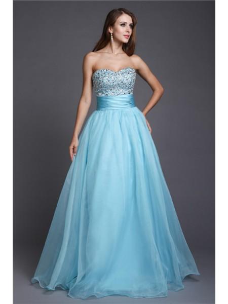A-Line/Princess Sweetheart Beading Sleeveless Long Organza Dresses