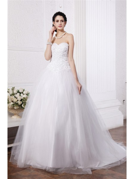 Ball Gown Sweetheart Sleeveless Beading Applique Long Net Wedding Dresses