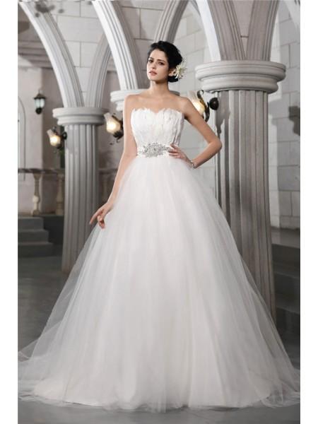 Ball Gown Strapless Sleeveless Beading Feather Long Net Wedding Dresses