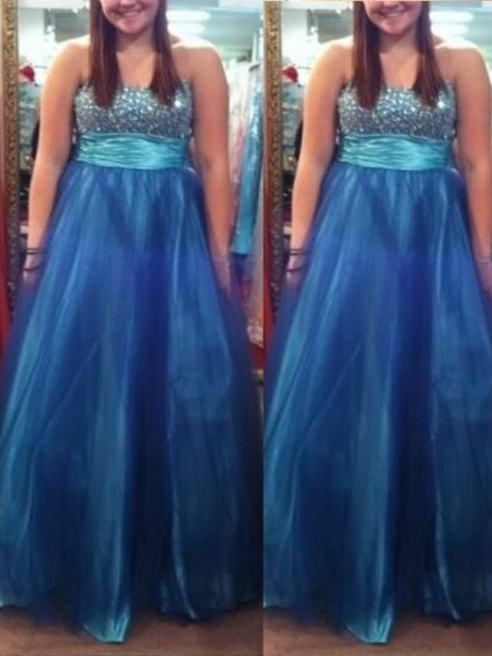 A-Line/Princess Sweetheart Sleeveless Beading Floor-Length Tulle Plus Size Dresses