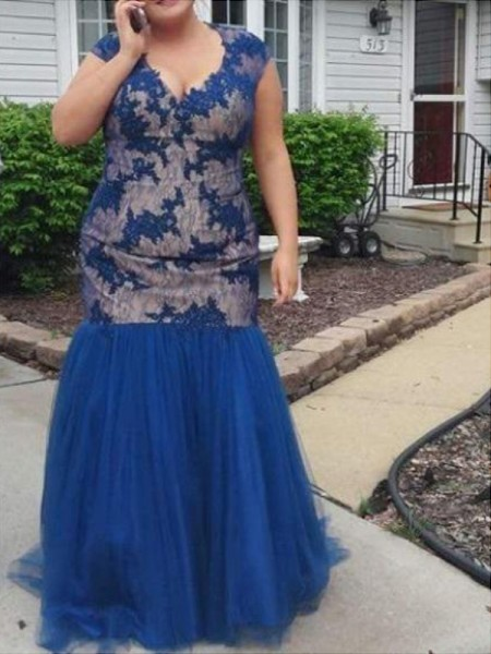 Trumpet/Mermaid V-neck Sleeveless Applique Floor-Length Tulle Plus Size Dresses