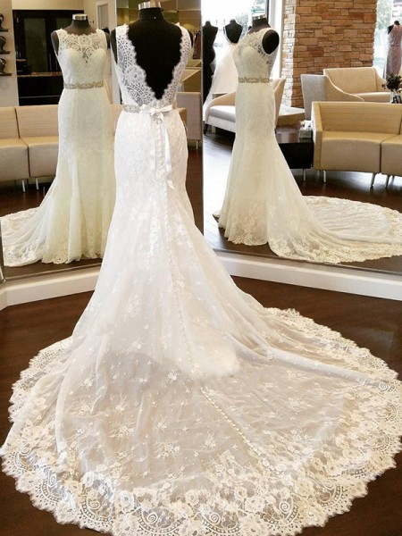 Sheath/Column Lace Scoop Sleeveless Bowknot Chapel Train Wedding Dresses