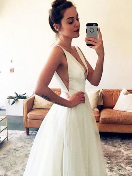 A-Line/Princess Tulle V-neck Ruched Sleeveless Sweep/Brush Train Wedding Dresses
