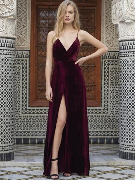A-Line/Princess Spaghetti Straps Sleeveless Floor-Length Ruffles Velvet Dresses