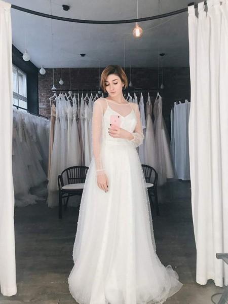 A-Line/Princess Tulle Beading Scoop Long Sleeves Sweep/Brush Train Wedding Dresses