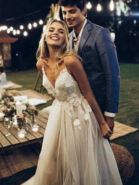 A-Line/Princess Tulle Applique Spaghetti Straps Sleeveless Sweep/Brush Train Wedding Dresses