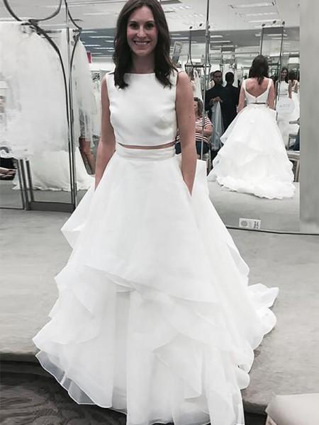 A-Line/Princess Bateau Sleeveless Chiffon Court Train Wedding Dresses