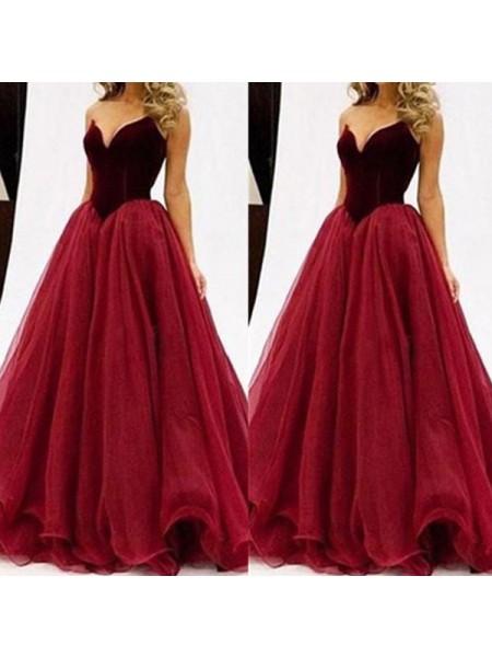 Ball Gown Sweetheart Sleeveless Tulle Floor-Length Dresses