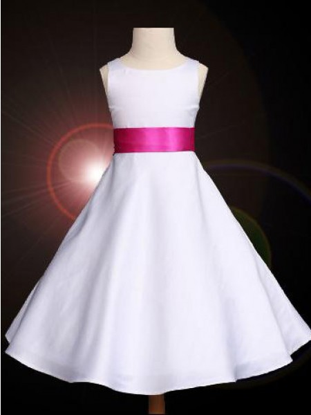 A-line/Princess Scoop Bowknot Sleeveless Long Satin Flower Girl Dresses